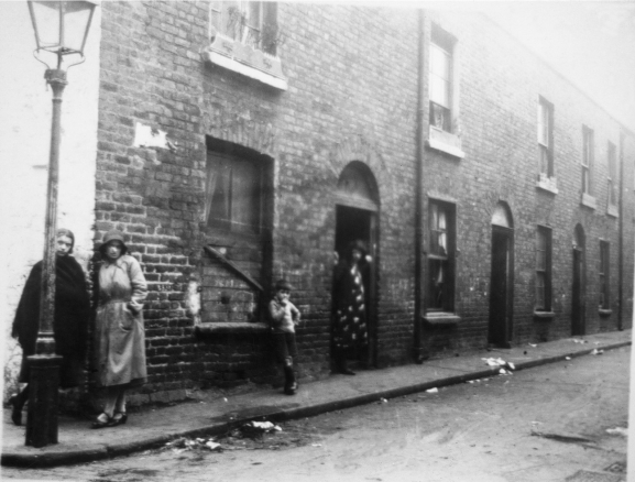 Elliot Place, 1930s, from the Frank Murphy Collection (Old Dublin Society). Reporduced in Luddy and O'Keeffe and Ryan.
